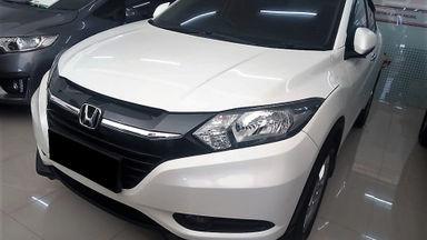 2015 Honda HR-V E CVT - Mobil Pilihan