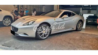 2014 Ferrari California HS 3.0 - Mobil Pilihan