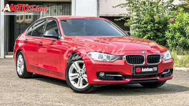 2013 BMW 3 Series F30 320i Sport