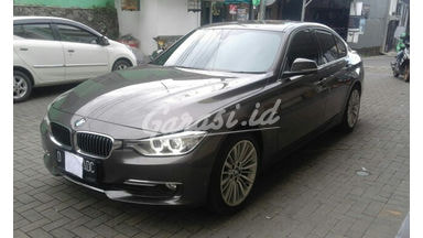 2014 BMW 3 Series 328i - Bekas Berkualitas