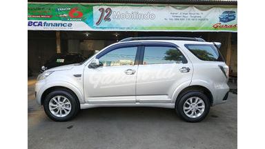2015 Daihatsu Terios R - Mobil Pilihan