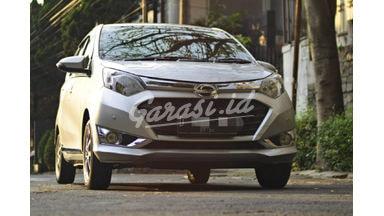 2016 Daihatsu Sigra R DELUXE - Mobil Pilihan