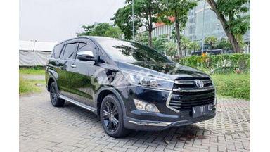 2019 Toyota Kijang Innova Venturer at - Mulus Banget