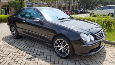 2003 Mercedes Benz CLK-Class CLK 240 - Low Kilometer