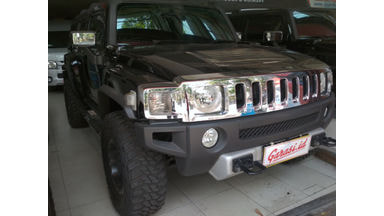 2010 Hummer H3T - Jeep lovers...