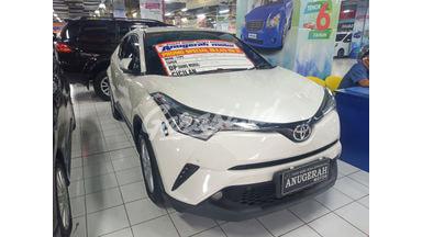 2018 Toyota C-HR - Mobil Pilihan