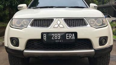 2011 Mitsubishi Pajero Sport Exced - Mulus Terawat
