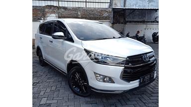 2018 Toyota Kijang Innova Venturer - Harga Bersahabat