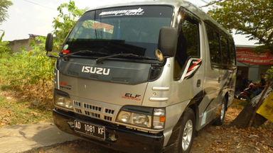2010 Isuzu Elf Minibus MT - Siap Pakai Mulus Banget