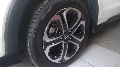 2018 Honda HR-V VTEC PLUS - Siap Pakai Mulus Banget (s-2)