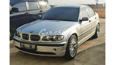 2002 BMW 3 Series 318i E46