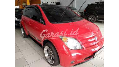 2004 Toyota Ist at - Terawat Siap Pakai