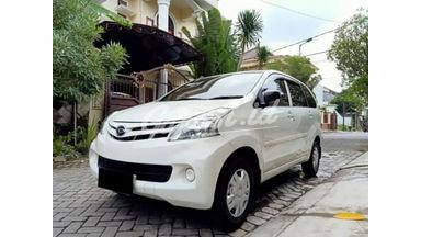 2015 Daihatsu Xenia X - Mobil Pilihan