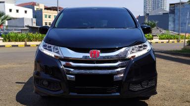 2014 Honda Odyssey Prestige - Istimewa siap pakai