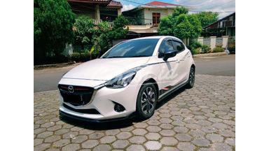 2015 Mazda 2 limited - Terawat Siap Pakai