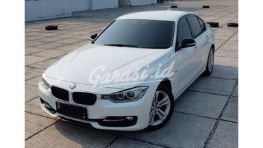 2014 BMW 320i F30