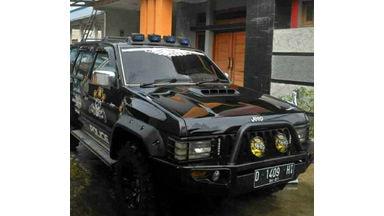 2001 Nissan Terrano spirit - Barang Mulus