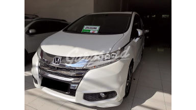 2015 Honda Odyssey prestige - Mobil Pilihan