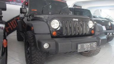 2013 Jeep Wrangler Unlimited JK SPORT - Siap Pakai