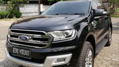 2015 Ford Everest Trend - Harga Terjangkau