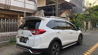 "2016 Honda BR-V E Prestige - White ""KM Rendah"" Record Service (s-4)"