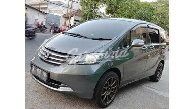 2010 Honda Freed E PSD - Terawat & Siap Pakai