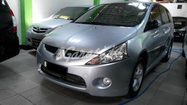 2009 Mitsubishi Grandis GLS - SIAP PAKAI !