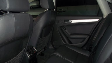 2013 Audi A4 1.8T - Sedan Mewah, Terawat Luar Dalam, Siap Pakai (s-1)