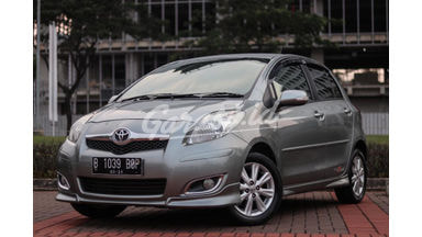 2011 Toyota Yaris S Limited