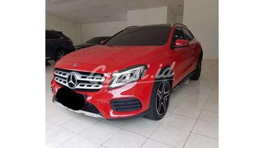 2018 Mercedes Benz GLA GLA200 - Siap Pakai