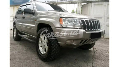 2000 Jeep Grand Cherokee Laredo 4x4 - Full Perawatan Siap Luar Kota Ready Kredit
