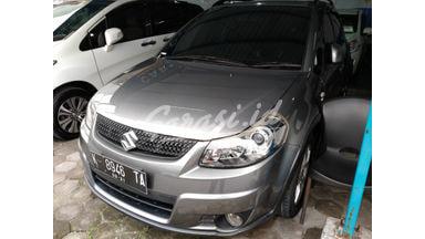 2011 Suzuki Sx4 X-OVER - Terawat Siap Pakai