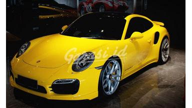2014 Porsche 911 Turbo S - Top Condition