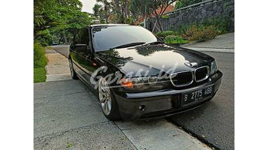 2003 BMW i E426 M43 2.0 318i