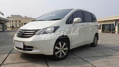 2011 Honda Freed PSD - Istimewa Siap Pakai