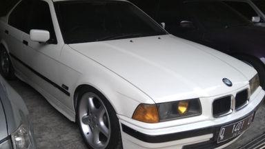 1993 BMW 320i AT - Unit Super Istimewa