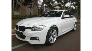2016 BMW 3 Series 320i M Sport - Siap Pakai