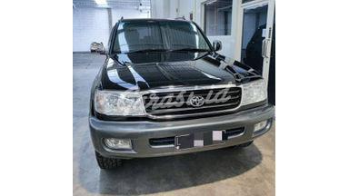 2002 Toyota Land Cruiser VX