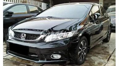 2015 Honda Civic 1.8 - Mobil Pilihan