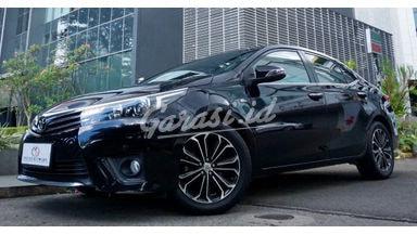 2015 Toyota Corolla Altis 1.8 V AT