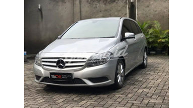 2012 Mercedes Benz B-Class 200 - Elegance Like New Service Record Resmi