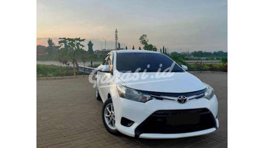 2014 Toyota Limo E