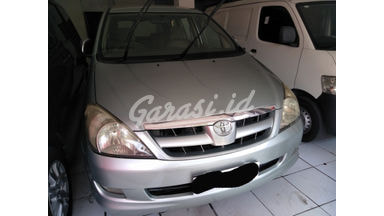 2004 Toyota Kijang Innova V - SIAP PAKAI!