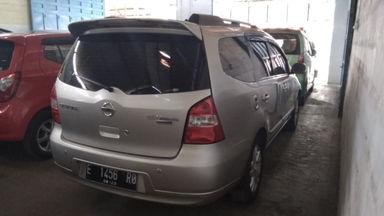 2013 Nissan Grand Livina 1.5 - Istimewa Seperti Baru (s-7)