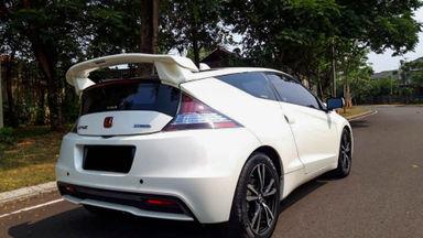 2013 Honda CRZ Hybrid - Mobil Pilihan (s-2)