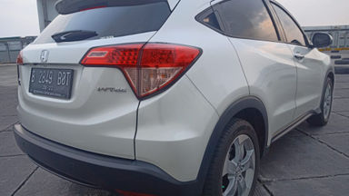 2017 Honda HR-V E CVT - Siap Pakai Dan Mulus (s-9)