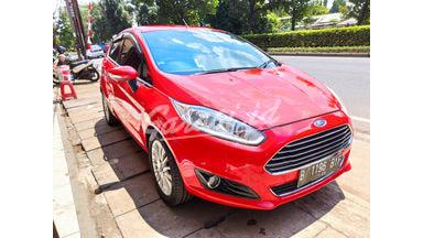 2013 Ford Focus S - Siap Pakai