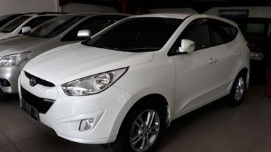 Jual Mobil Bekas 2013 Hyundai Tucson Denpasar 00gq895 Garasi Id