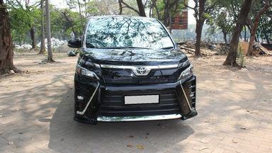 2018 Toyota Voxy HWS - Murah Berkualitas