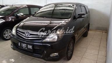 2011 Toyota Kijang Innova Venturer at - Terawat Siap Pakai